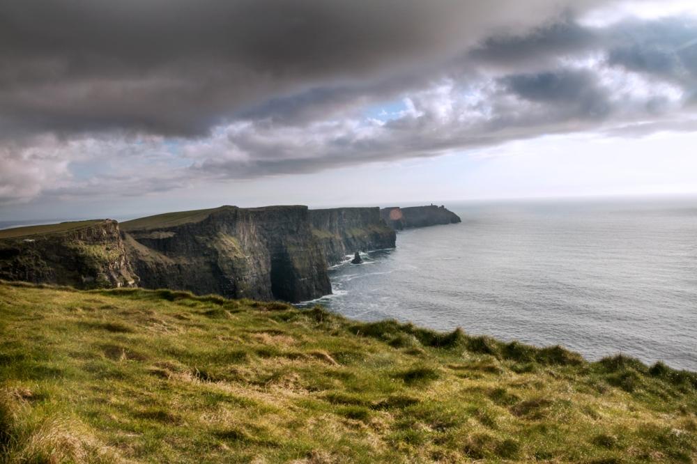 2016-Ireland-05-Cliffs-of-Moher_02-1