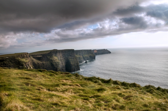 2016-Ireland-05-Cliffs-of-Moher_02-1